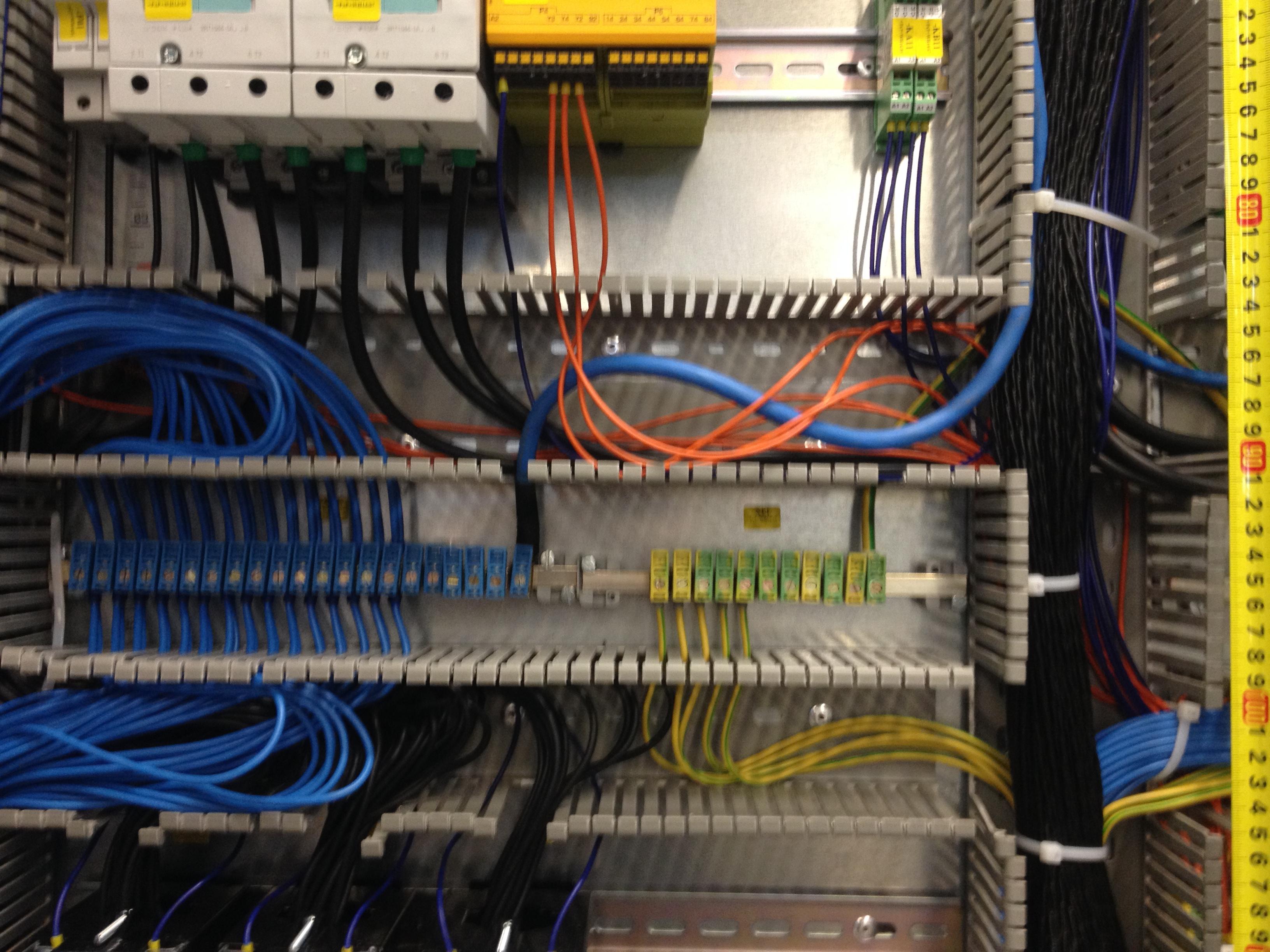 Phasenschienenverbindung Sammelschienendefinition Elektrotechnik E Plan Electrical Frimo083
